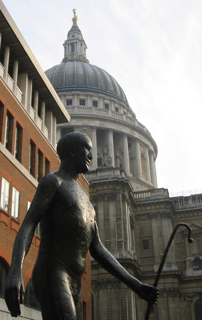 Elisabeth_Frink_Paternoster_Square_St_Paul's_dome